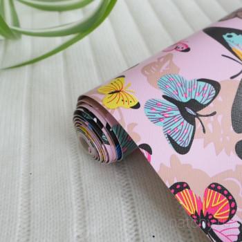 Кожзам разноцветные бабочки на бледно розовом 22*58см