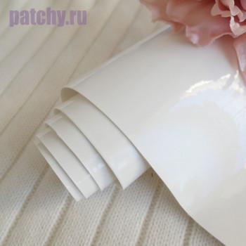 Кожзам ртутный белый