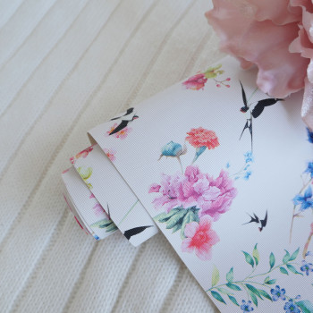 Кожзам цветы и птицы на белом