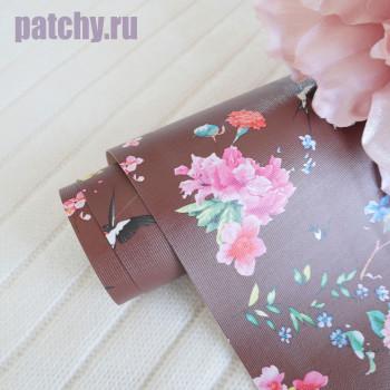Кожзам цветы и птицы на коричневом