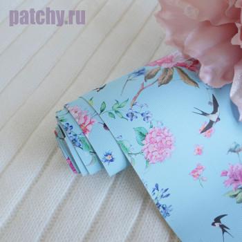 Кожзам цветы и птицы на голубом
